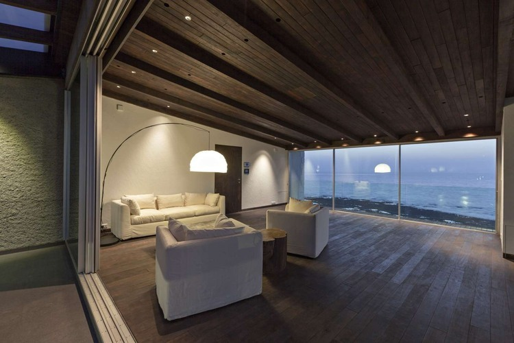 Villa In The Sky Bollywood Actor John Abraham S Penthouse