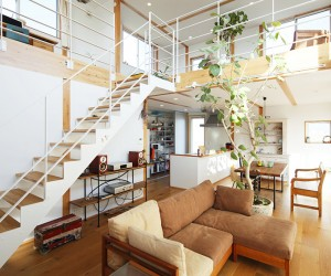 The Mismatched Minimalism Of This Japanese Tree House Create A Wa