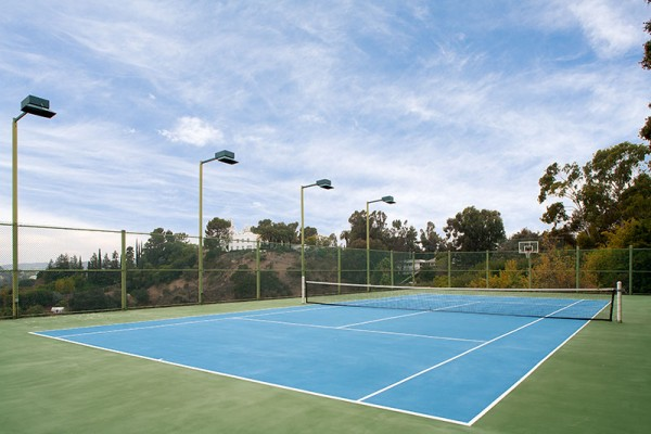 Of course, no Bel Air home would be complete without the ultimate collection of modern accoutrements from a sprawling private swimming pool and spa to a personal tennis court, fit for a visit from your own personal tennis pro.