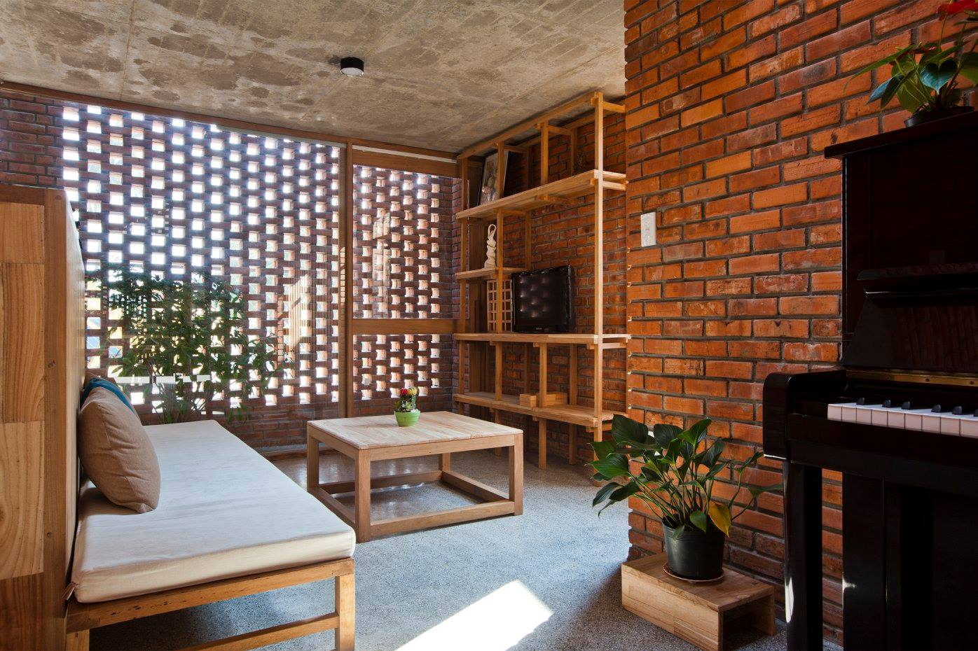 A creative brick house controls the interior climate and for Brick house designs