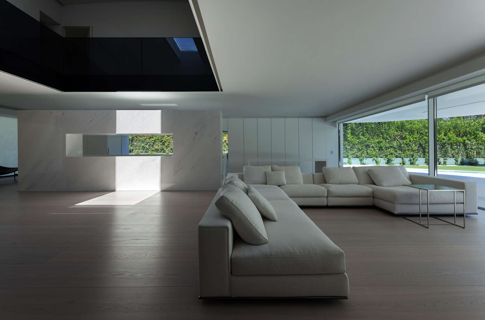Huge Modern Sectional - Golf course views and a striking exterior make for a modern marvel