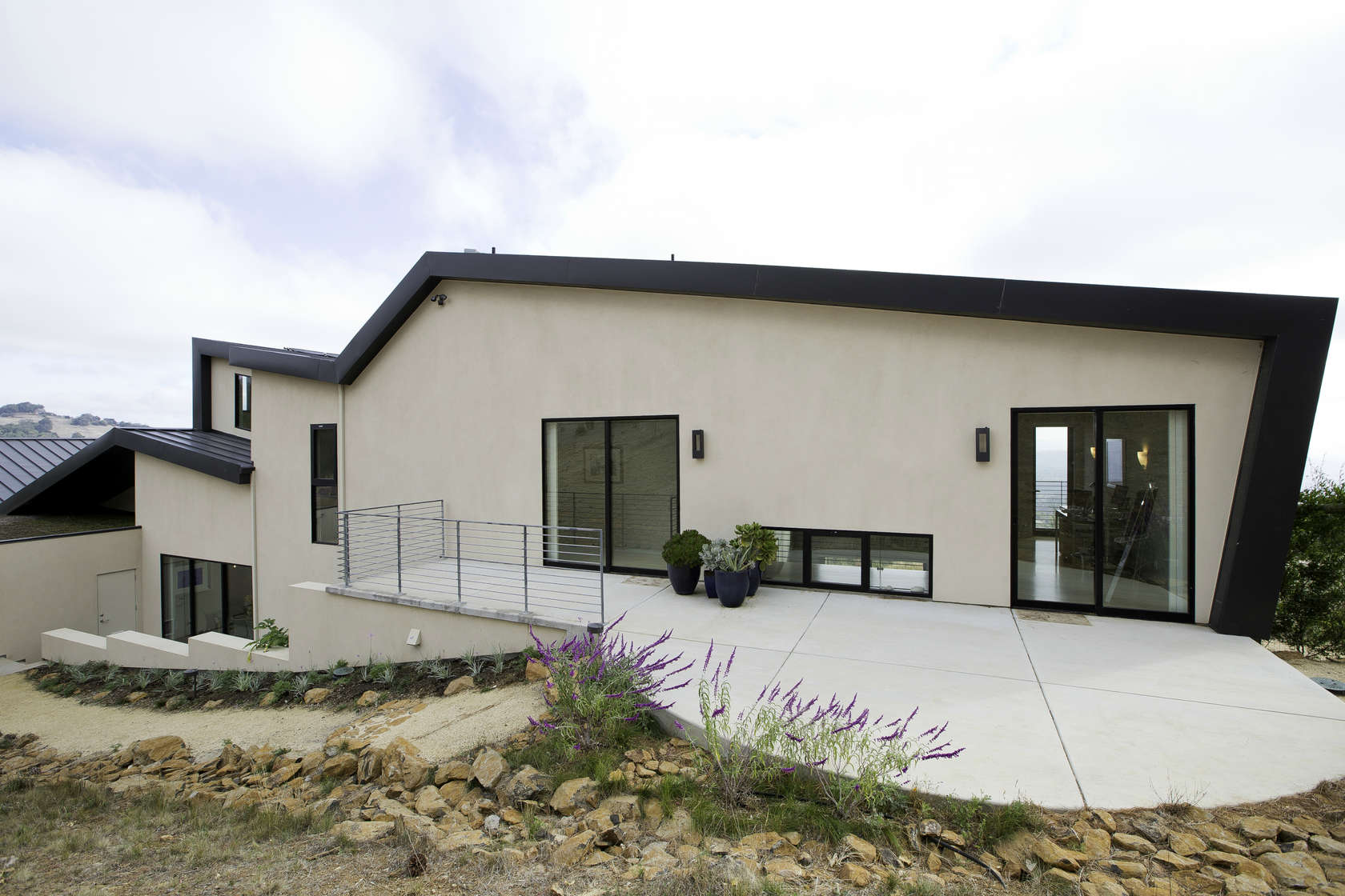 Home Exterior Design - Custom home in sonoma gives a modern twist to wine country
