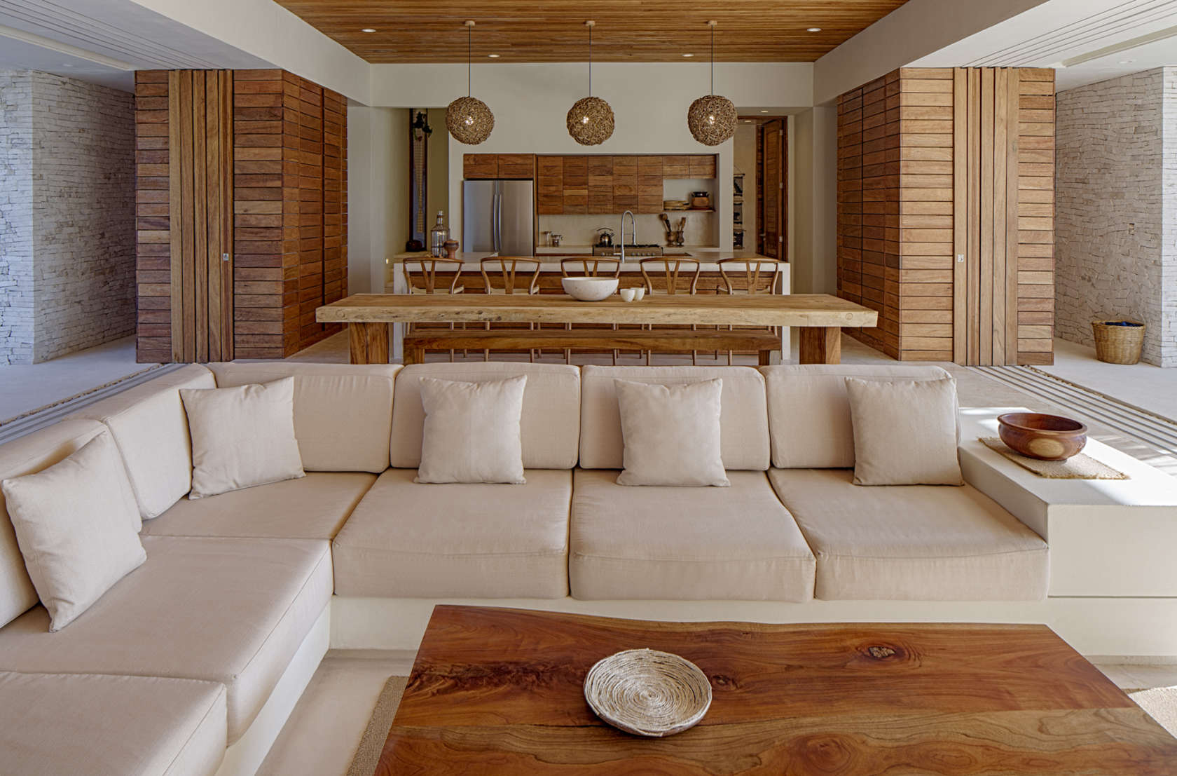 Natural Wood Coffee Table - Eco friendly house in mexico does not sacrifice style