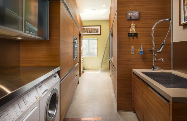 wood-paneled-laundry-room