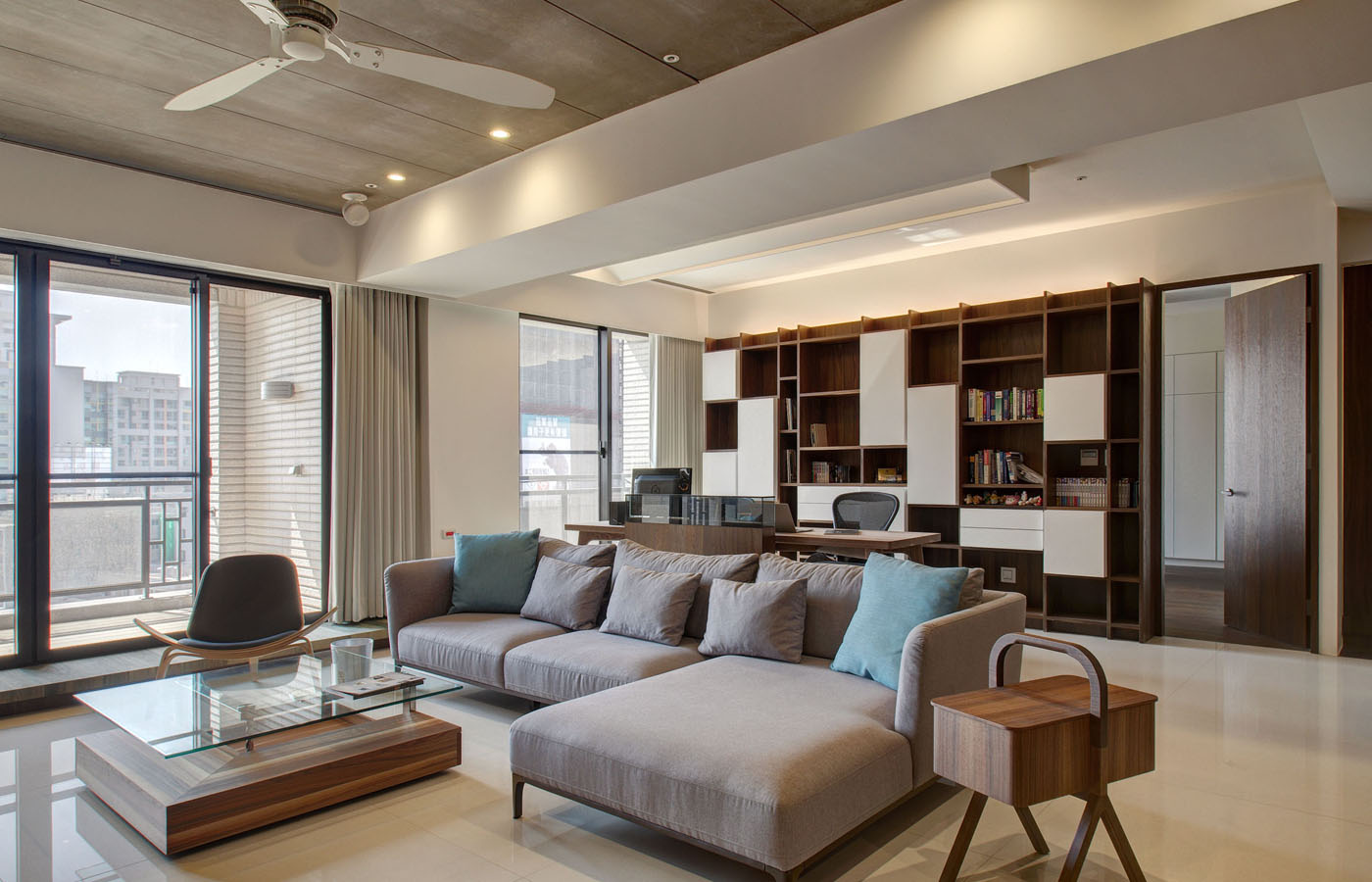 Modern apartment designs by phase6 design studio for The model apartment