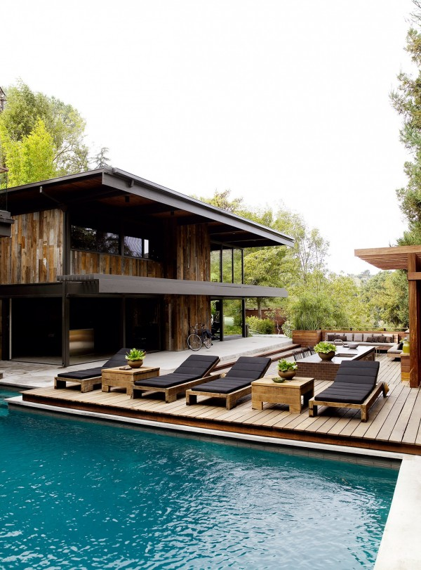 wood-home-exterior-creative