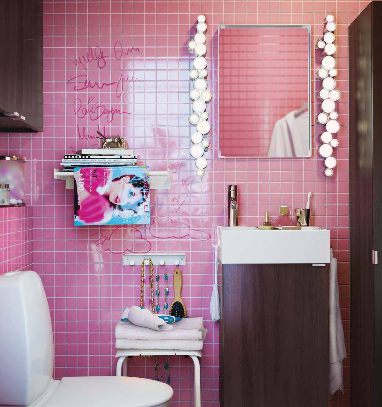 pink-tile-bathroom | interior design ideas.
