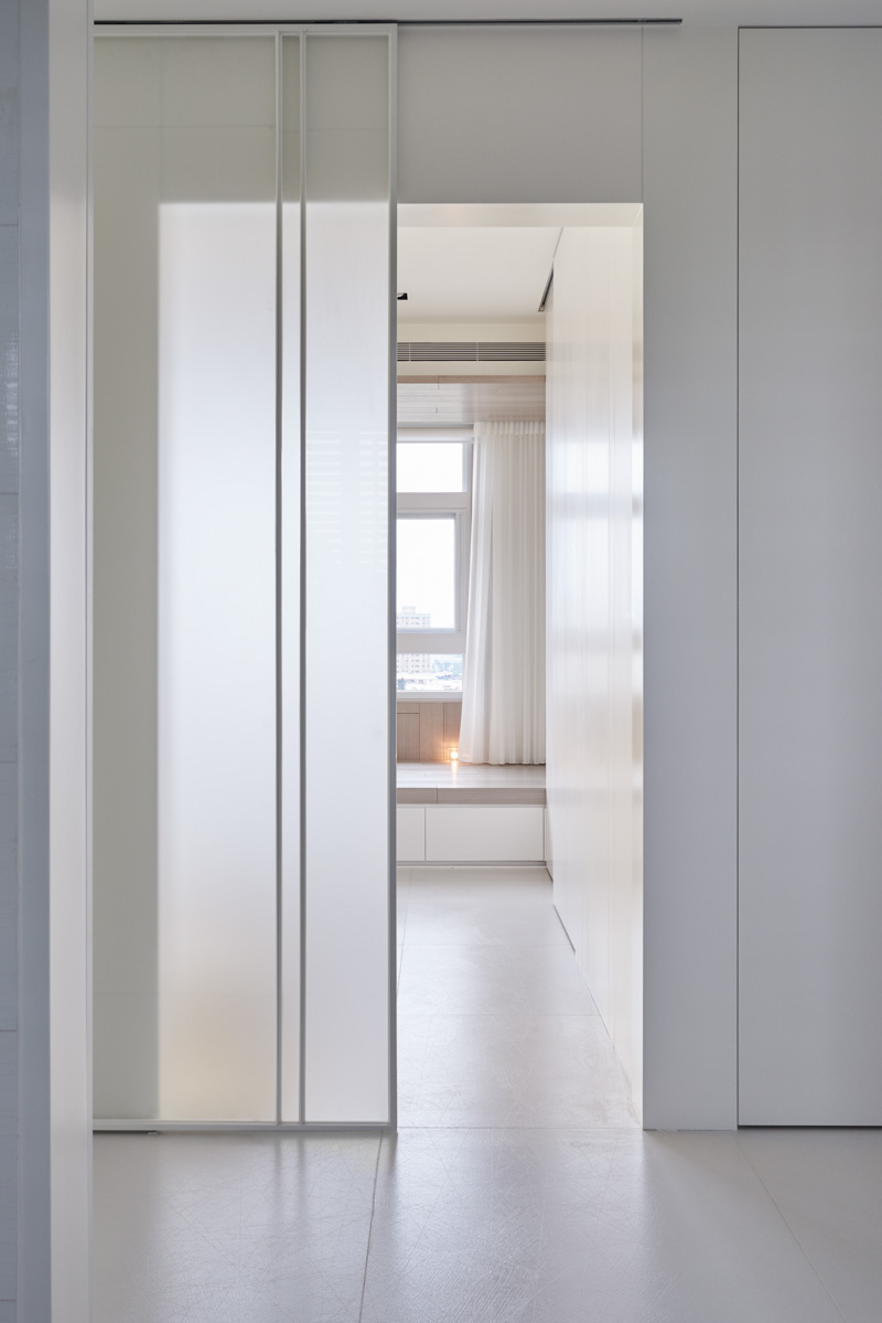 Frosted Glass Interior Doors : Frosted glass doors interior design ideas