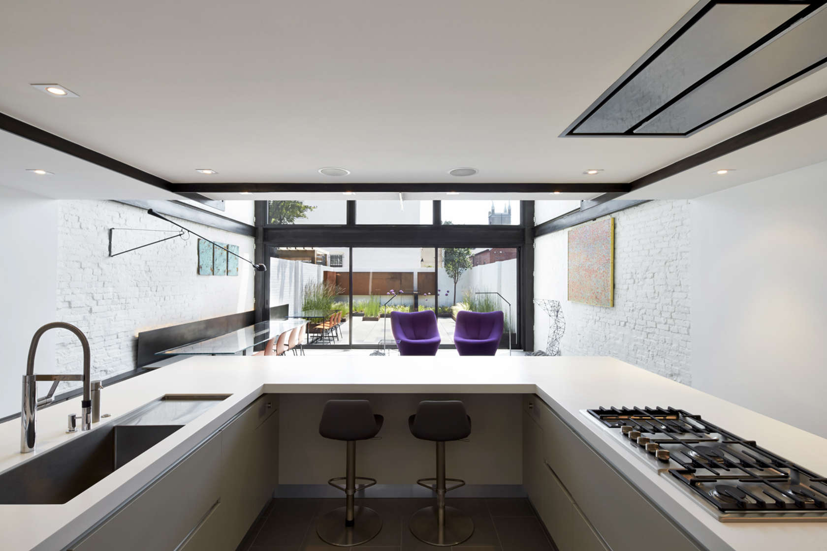 Gourmet Kitchen - A modern row house for a fun couple with a love of cooking