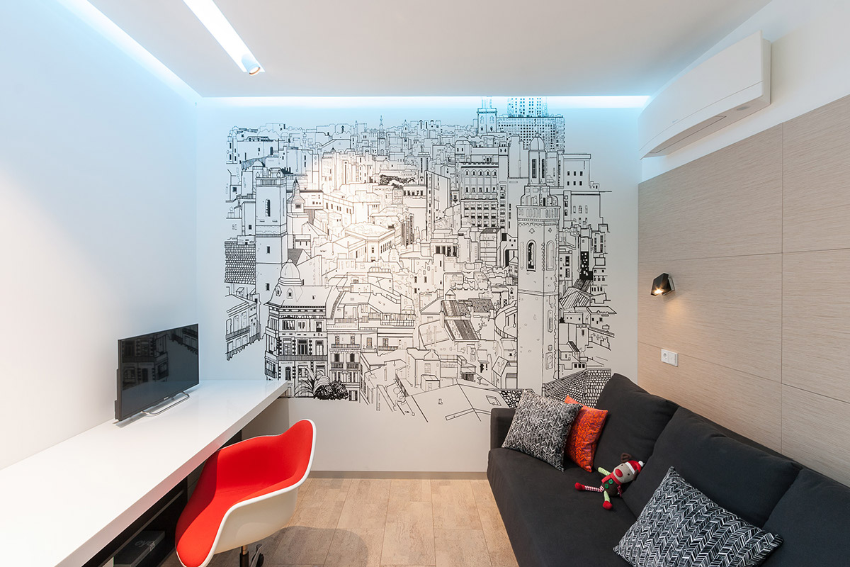Wall Graphics - A colorful modern space for a stylish couple