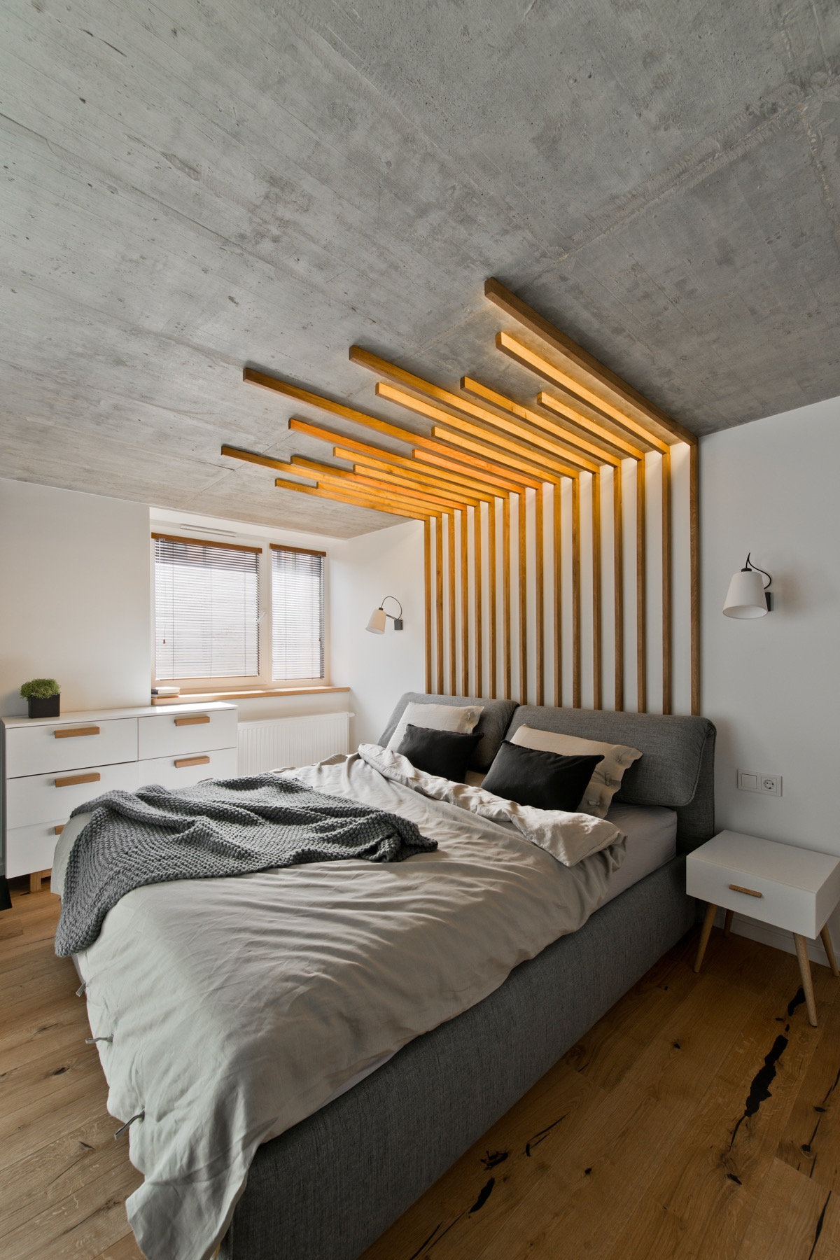 Awesome Headboard Design - Chic scandinavian loft interior