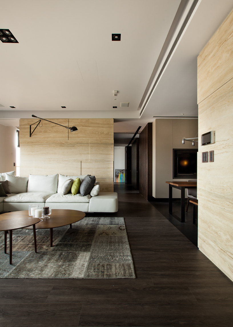Modern asian interior with natural materials interior for Interior decoration with waste material