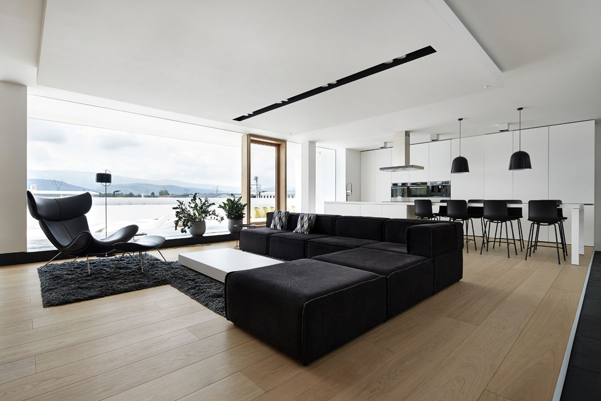 4 ultra luxurious interiors decorated in black and white for Monochrome interior design ideas