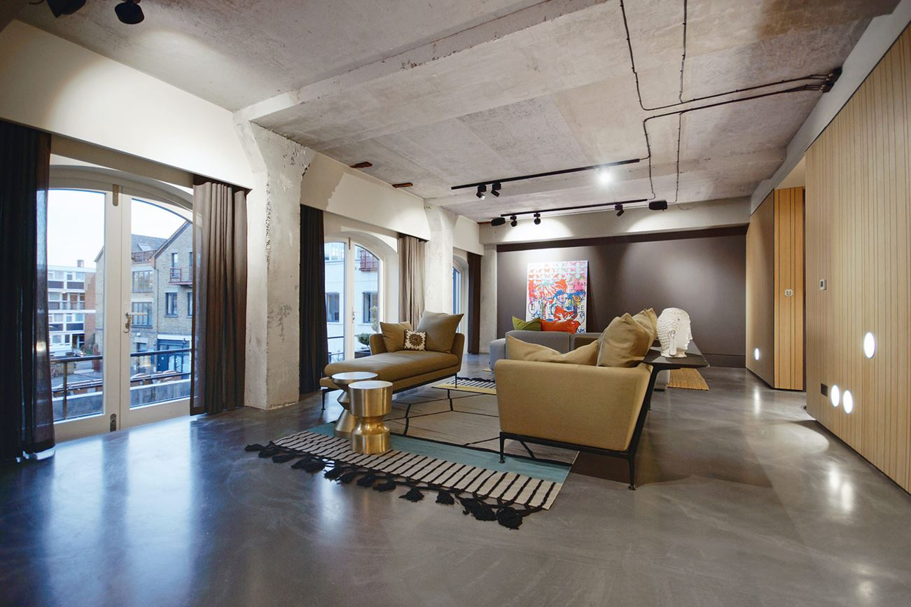 Modern Warehouse Renovation at Historic Ransome\'s Dock