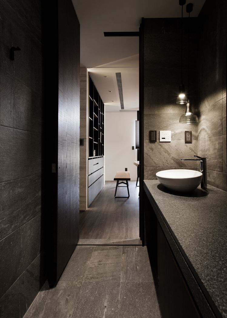 Asian interior design trends in two modern homes with floor plans Interior design black bathroom