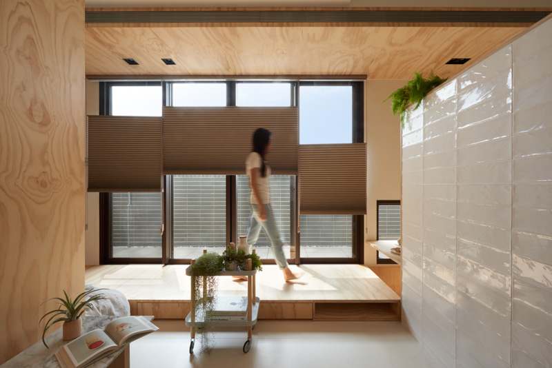 Flexible Window Shades - An incredibly compact house under 40 square meters that uses natural decor