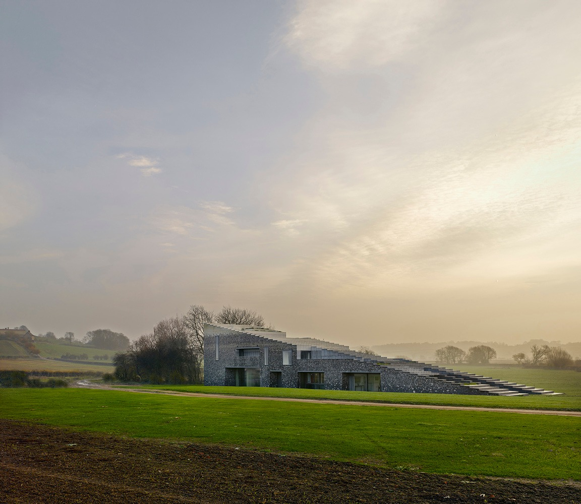 Wedge Shaped House Is Britain\'s House Of The Year
