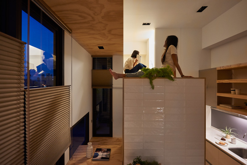 Unique Ideas For Small Spaces - An incredibly compact house under 40 square meters that uses natural decor