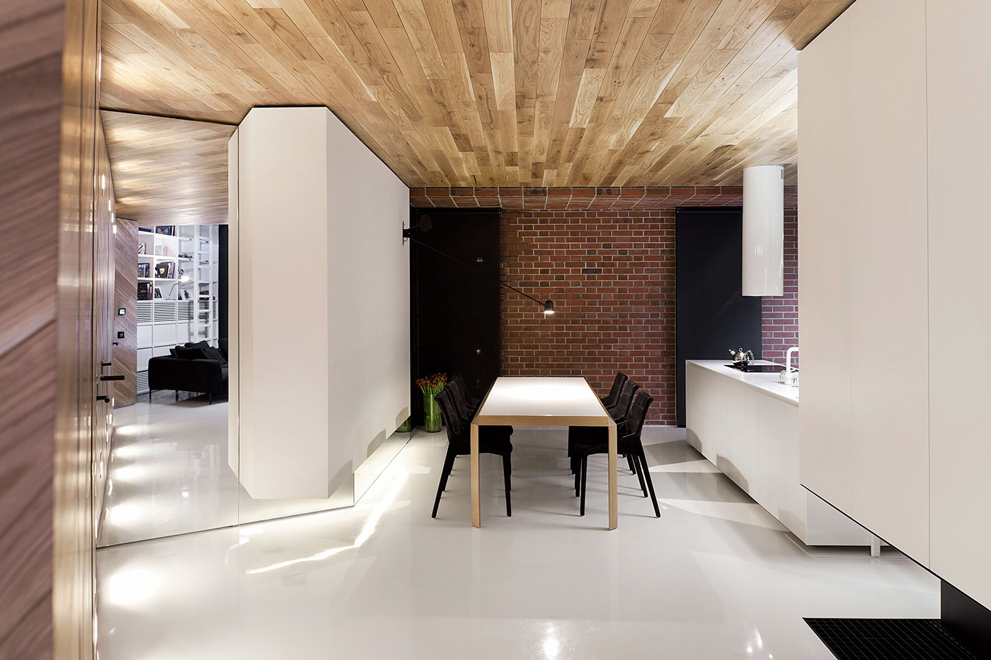 Brick Dining Accent Wall - Stylish exposed brick wall lofts