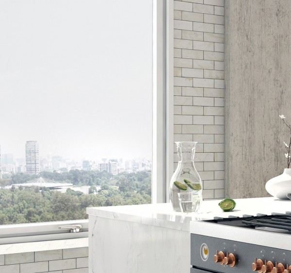 As with the other living areas, the light materials and clean lines offer the perfect frame for the Central Park view.