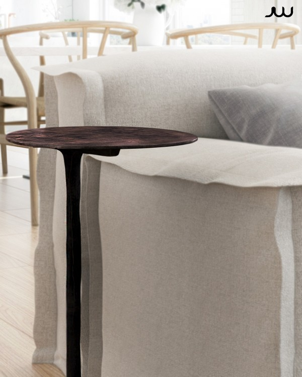 Like the sofa, this side table is also from the Piet Boon collection – look for it under the name Klink.