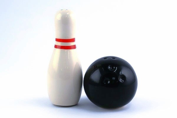 Not only are these ceramic salt and pepper shakers sturdy and functional, they're also cute enough to display among a bowling collection.