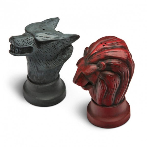 One shaker represents Stark and the other Lannister – a nice gift for a Game of Thrones fan.