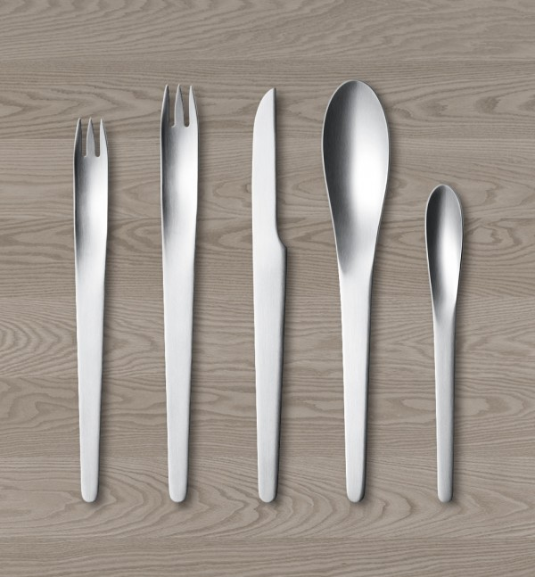 40 Unique Modern Flatware Sets That You Can Buy Right Now