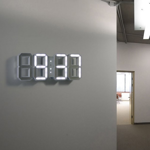 30 large wall clocks that don 39 t compromise on style Digital led wall clock