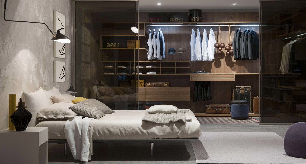 Smokey Walk In Closet Glass Doors - 20 beautiful examples of bedrooms with attached wardrobes