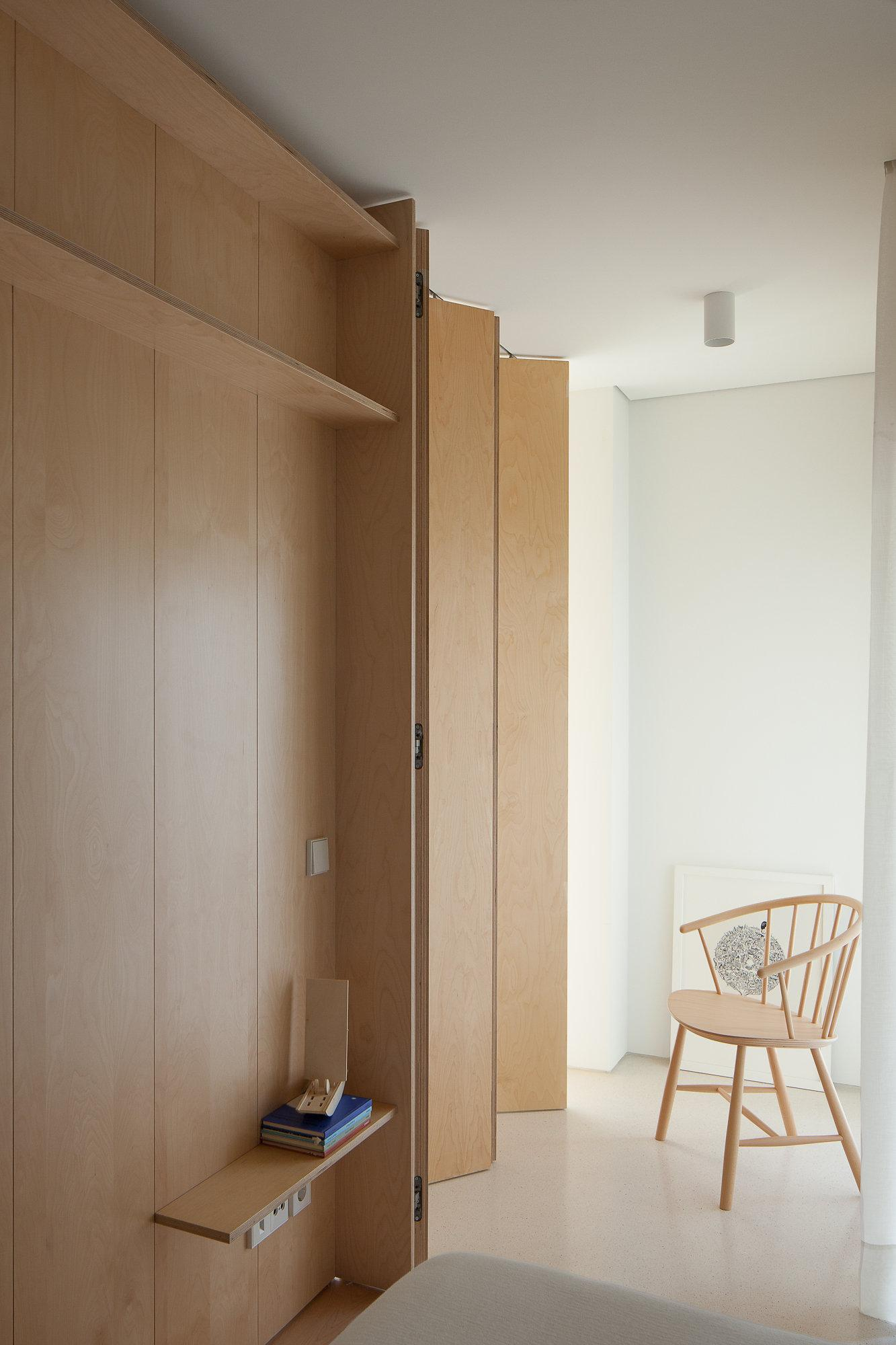 Door Solutions For Tight Spaces Good Design Ideas For