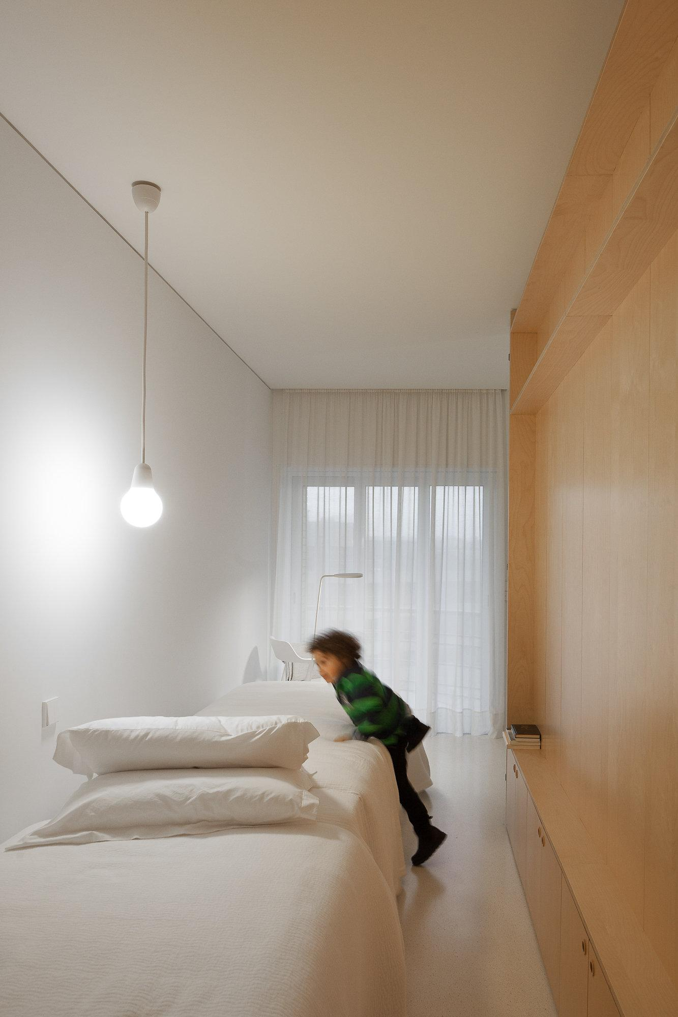 Creative Storage Solutions Small Spaces Kids Bedrooms Lighting   Beach Home  Design Inspiration