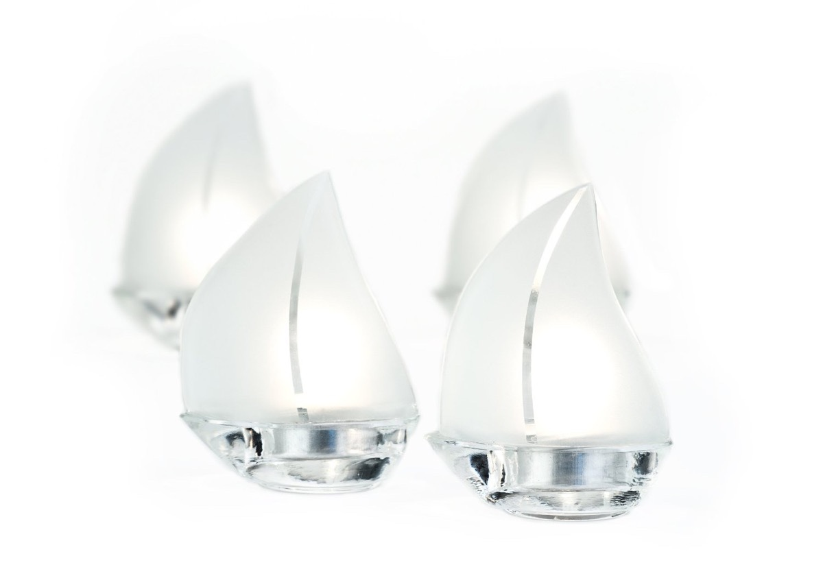 Glass sailboat tea light holders interior design ideas - Sailboat tealight holders ...