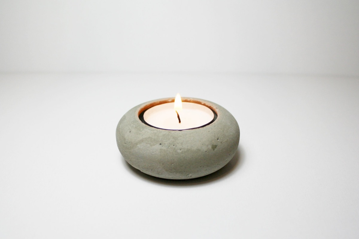 minimalist concrete tea light holder