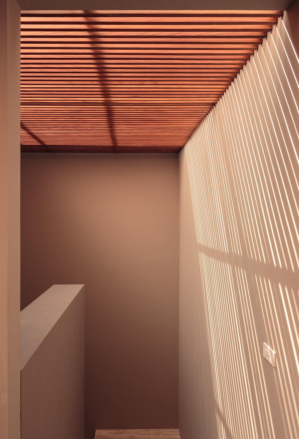 Slatted Stairwell Skylight - An atmospheric approach to modernist architecture in mexico