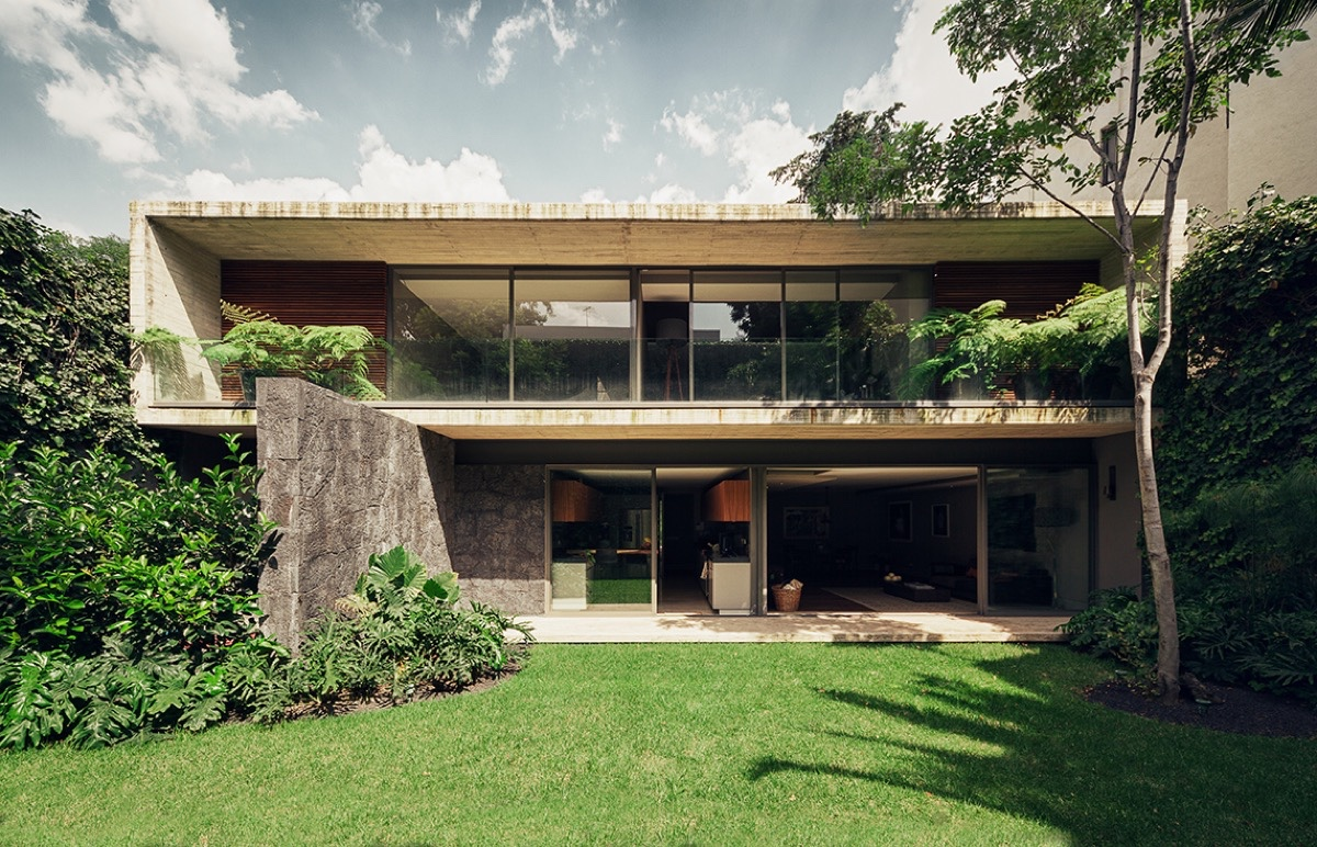 Stone And Concrete Home Architecture - An atmospheric approach to modernist architecture in mexico