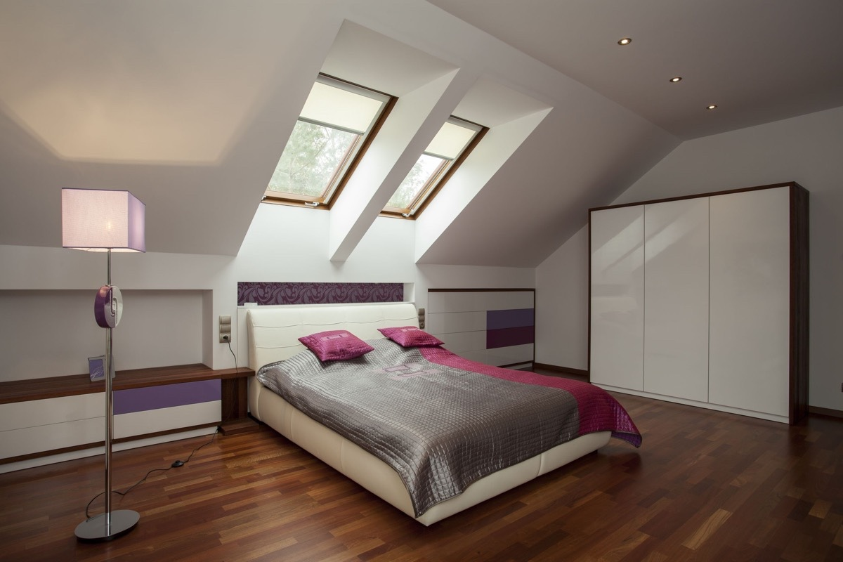 Attic Bedroom Pink Purple Accents - 25 amazing attic bedrooms that you would absolutely enjoy sleeping in