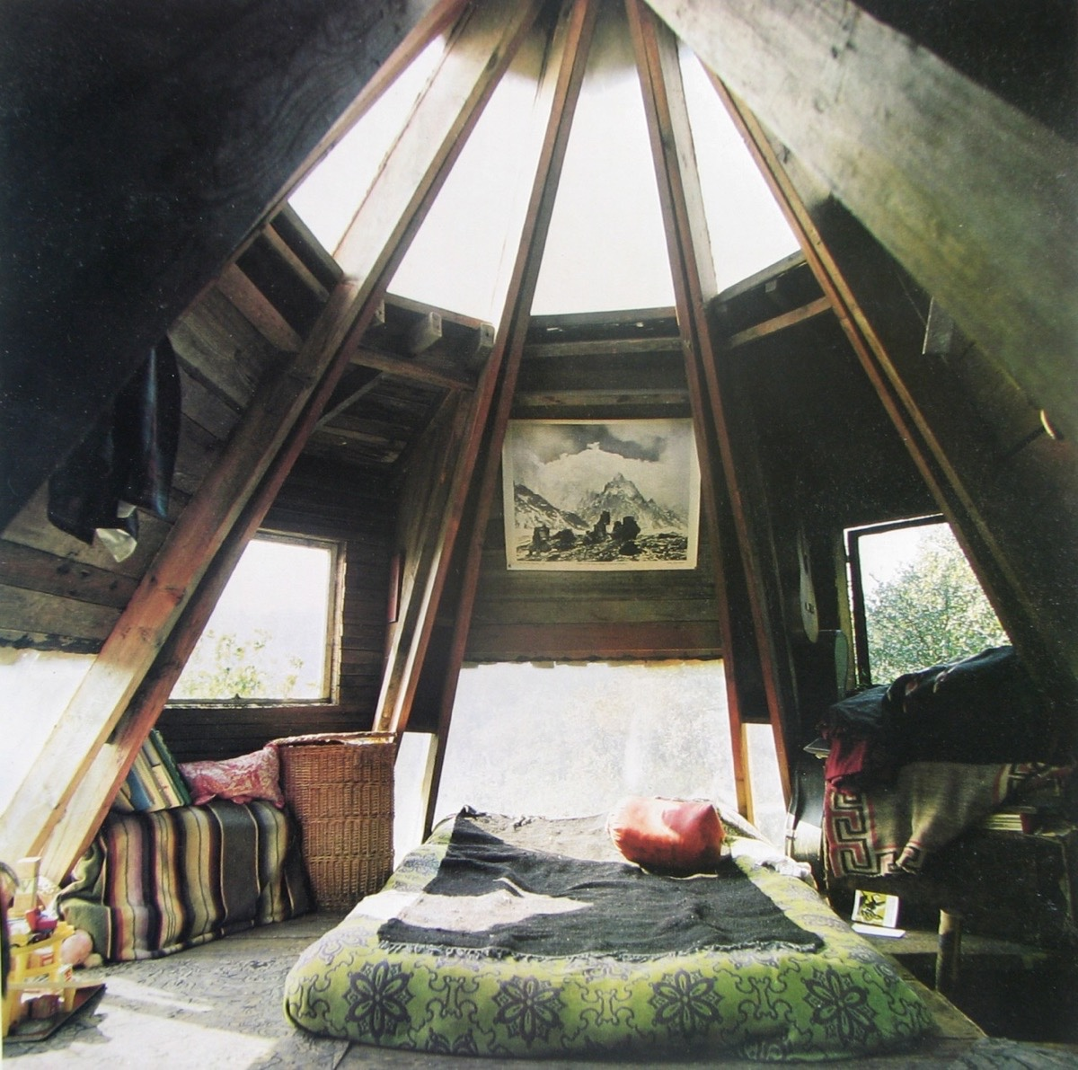 Cone Shaped Attic Bedroom Art Hanging On Wall - 25 amazing attic bedrooms that you would absolutely enjoy sleeping in
