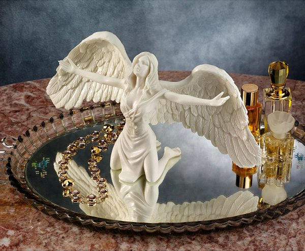 Praying Fairy Figurine: Fairies also have a place in your home. A great addition to a dresser, let this fairy envelop you with her warm embrace.