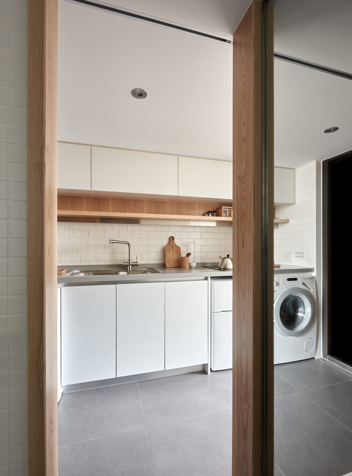 Kitchen And Laundry Combination - 2 super tiny home designs under 30 square meters includes floor plans
