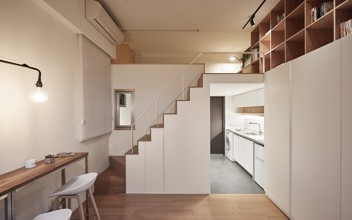 http://cdn.home-designing.com/wp-content/uploads/2016/09/lofted-apartment-with-low-ceilings.jpg