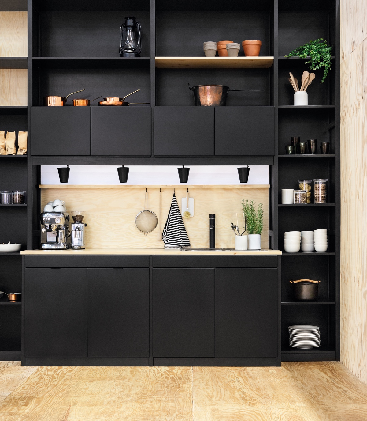 Black Bookcase Kitchen Compartmentalised Elements - 36 stunning black kitchens that tempt you to go dark for your next remodel