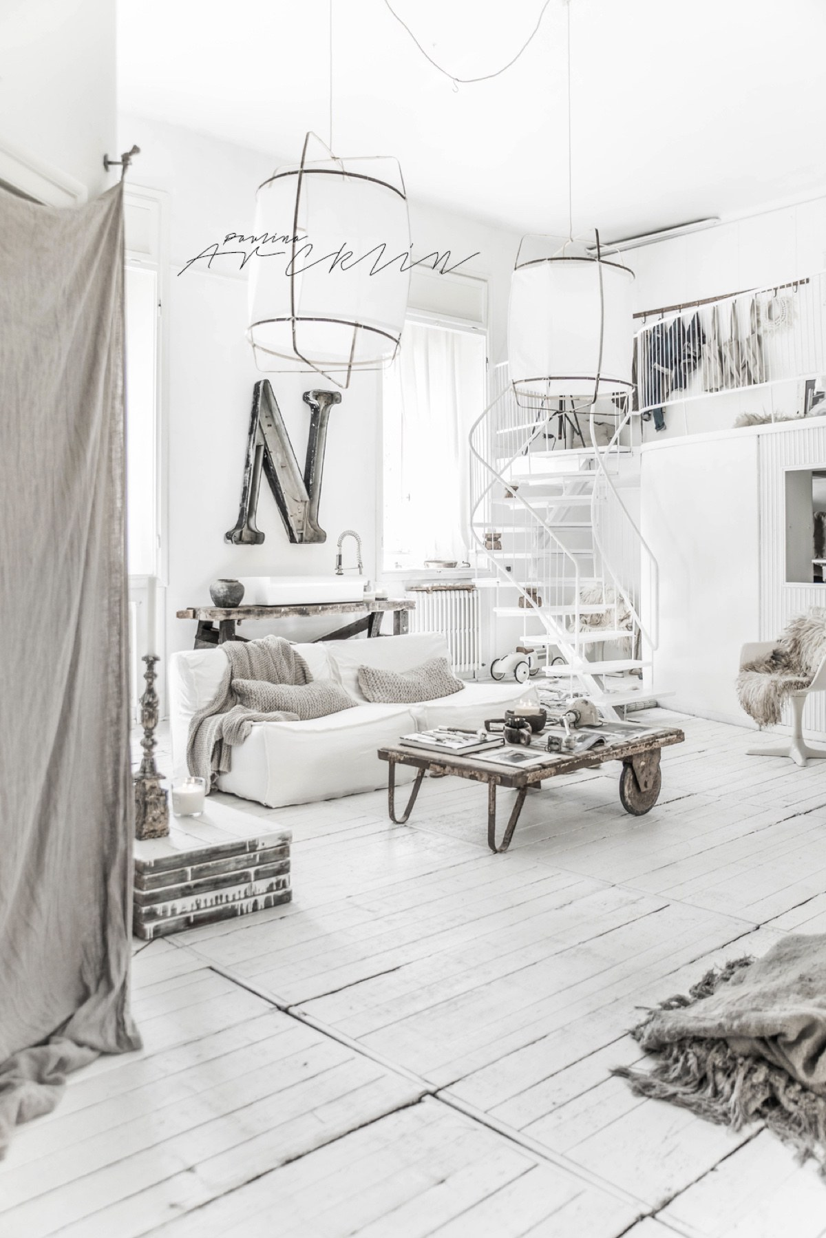 Beautiful All White Interior Inspiration - Cottage chic meets industrial decor in this amazing milan apartment