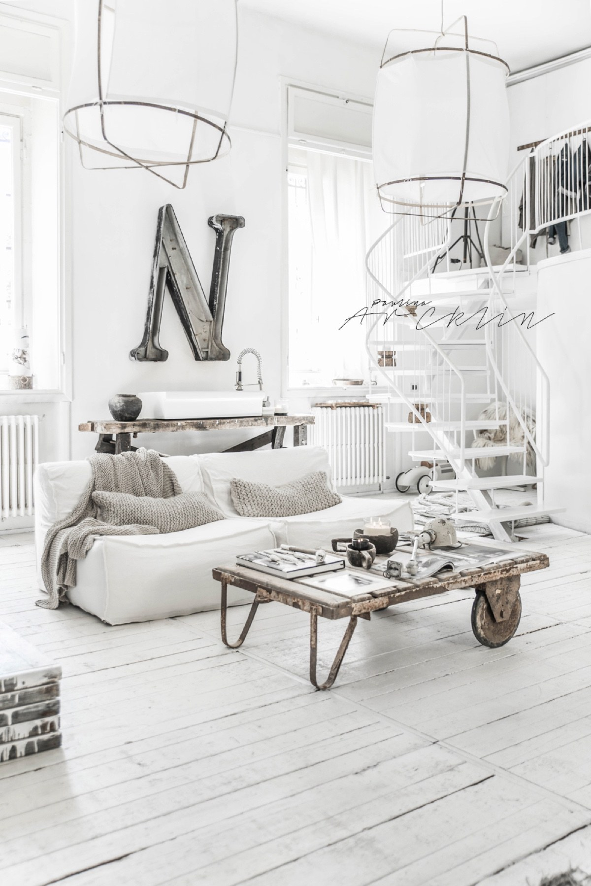 Inspiring Apartment In Milan - Cottage chic meets industrial decor in this amazing milan apartment