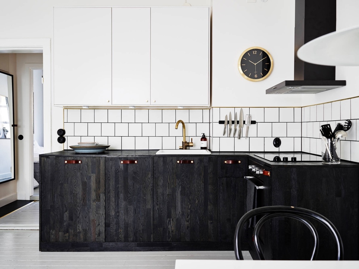 Scandinavian kitchens ideas inspiration assess myhome for Black and white kitchens photos