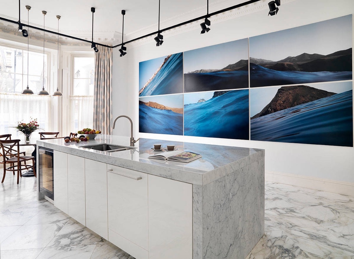 Blue Seascape Six Piece Painting Marble Kitchen - 36 marvellous marble kitchens that spell luxury