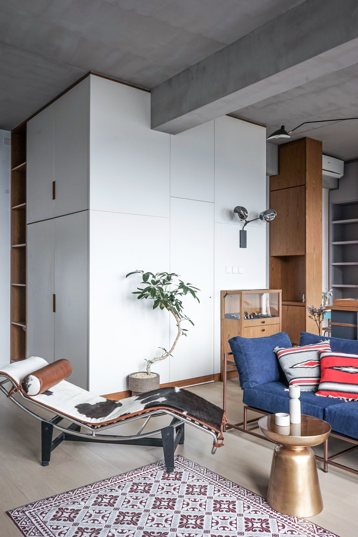 Gold Coffee Table Standing Bonzai Contemporary Studio - 3 small studio apartments that exude luxurious space
