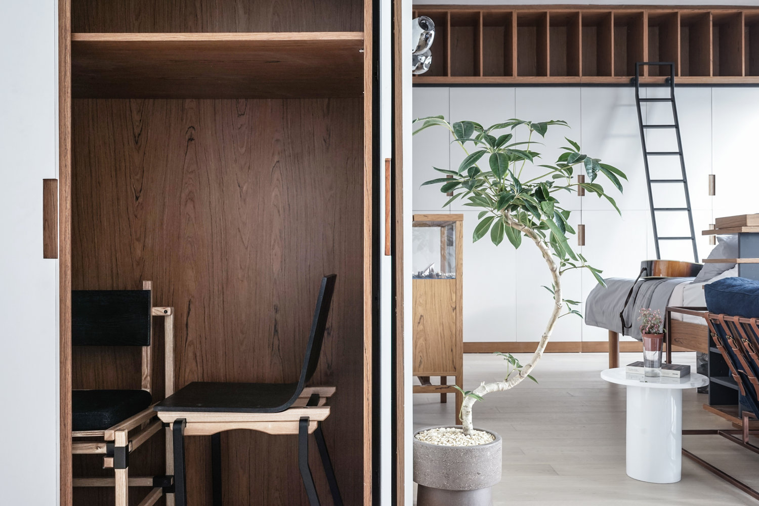 Wooden Office Compartment Wall Ladder Arty Studio - 3 small studio apartments that exude luxurious space