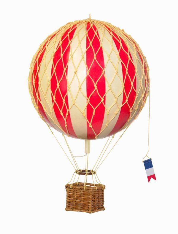 50 travel themed home decor accessories to affirm your for Air balloon decoration