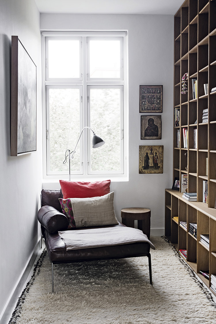 50 best reading nooks we have ever come across for Cozy reading room design ideas